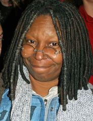 Whoopi_Goldberg_at_a_NYC_No_on_Proposition_8_Rally
