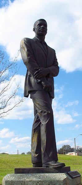 Statue_of_Medgar_Evers