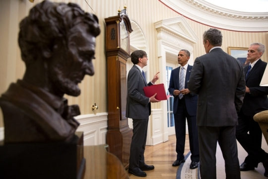 President Barack Obama talks with Council of Economic Advisers Chair Jason Furman, National Economic Council Director Jeffrey Zients and Chief of Staff Denis McDonough in the Oval Office, July 2, 2014. (Official White House Photo by Pete Souza)