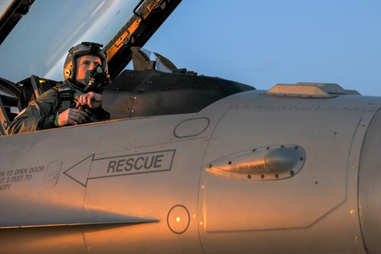 A U.S. Air Force F-16C Fighting Falcon pilot from the New Jersey Air National Guard's 177th Fighter Wing prepares for launch during flightline operations Jan. 9, 2015, at Atlantic City Air National Guard Base, N.J. (U.S. Air National Guard photo by Airman 1st Class Shane Karp/Released)