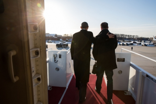 President Barack Obama and Dan Pfeiffer disembark Air Force One upon arrival at Joint Base Andrews, Md. on Pfeiffer's last day as Senior Advisor to the President, March 6, 2015. Pfeiffer had joined President Obama on his trip to Columbia, South Carolina. (Official White House Photo by Pete Souza)
