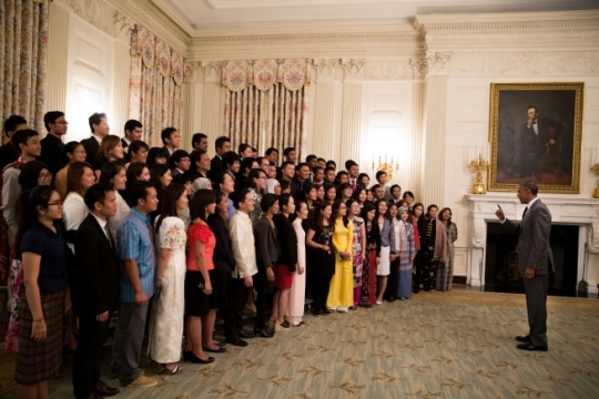 President Obama addresses fellows from the Young Southeast Asian Leaders Initiative (YSEALI) prior to a group photo in the State Dining Room of the White House, June 1, 2015. (Official White House Photo by Pete Souza)