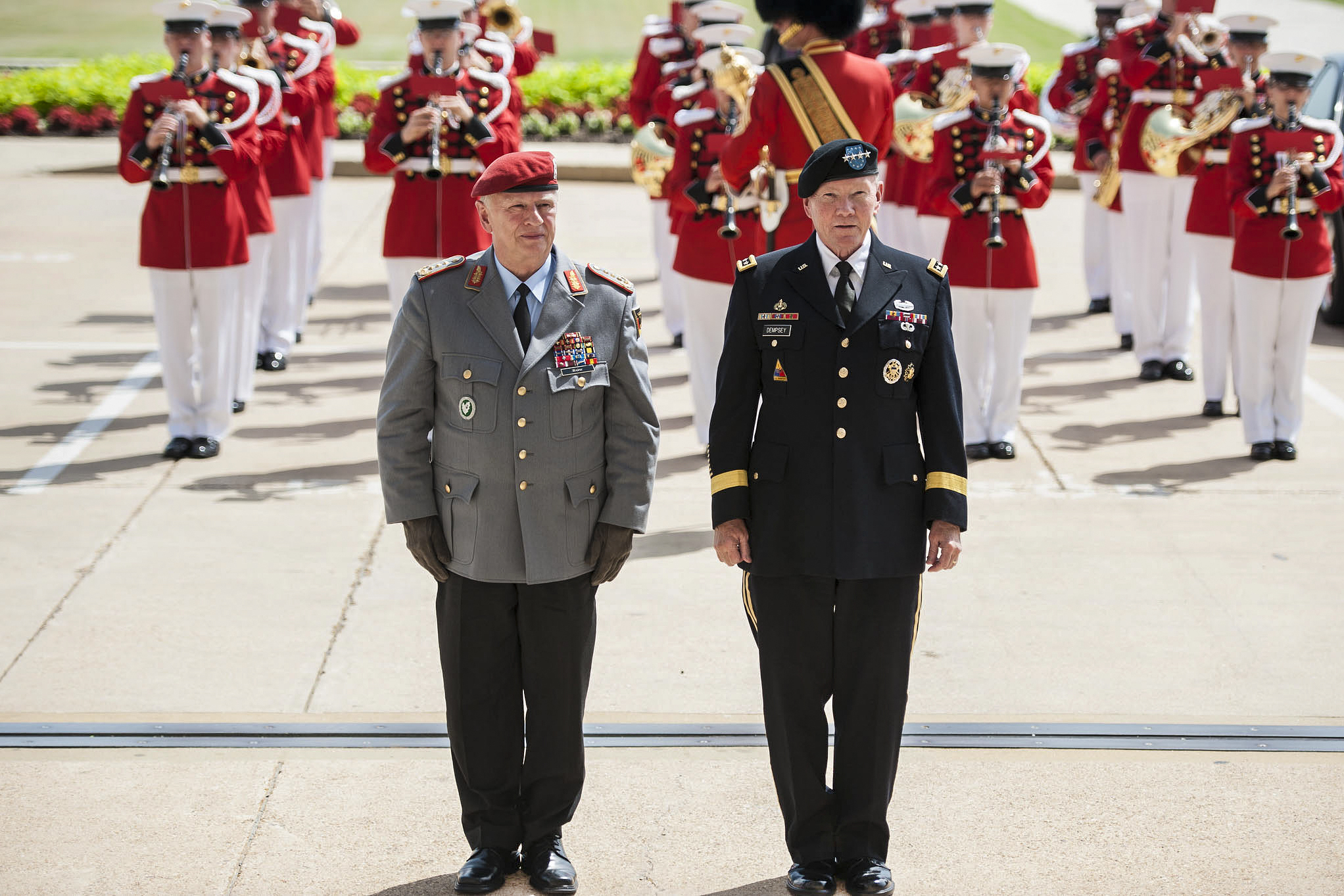 Army general officer assignments