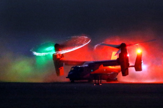 An MV-22 Osprey lands during a personnel recovery training exercise in Southwest Asia, July 28, 2015. The 185th Theater Aviation Brigade conducts interoperability training missions to enhance mission capabilities between U.S. Army aviation and other U.S. military forces. (U.S. Army National Guard photo by Army Sgt. Michael Needham/Released)