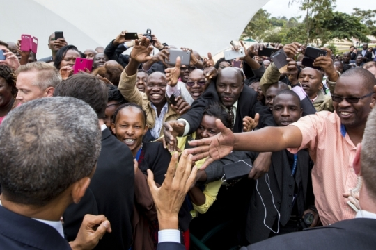 President Barack Obama greets embassy staff and their families during a meet and greet at the U.S. Embassy in Nairobi, Kenya, July 25, 2015. (Official White House Photo by Pete Souza)
