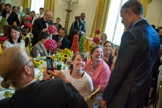 President Barack Obama talks with Iowa Healthy Lunchtime Challenge winner Mary McFetridge and her mother Colleen Kinney during the Kids' State Dinner in the East Room of the White House, July 10, 2015. (Official White House Photo by Pete Souza)