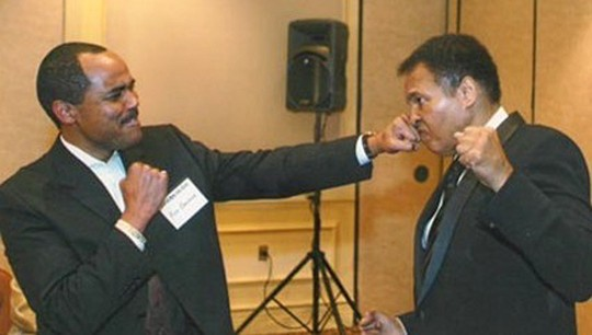 Co-author Ron Brashear poses with Muhammad Ali. Photo Courtesy: Rahaman Ali and RockBrash Promotions