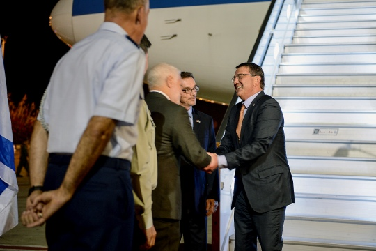 Secretary of Defense Ash Carter arrives in Tel Aviv, Israel on July 19, 2015. (DoD photo by U.S. Army Sgt. 1st Class Clydell Kinchen) (Released)