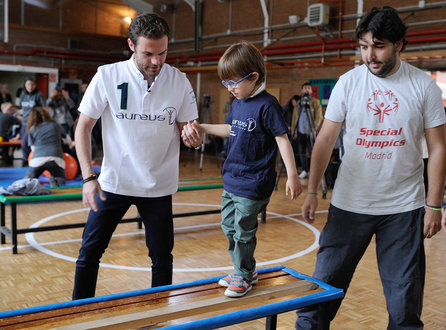 MADRID, SPAIN - OCTOBER 05: Juan Mata, Laureus and IWC Ambassador shares sporting activities with children from L aureus-supported project Olympics at Colegio Publico de Education Especial Princesa Sofia school on October 5, 2015 in Madrid, Spain. (Photo by Denis Doyle/Getty Images for Laureus)