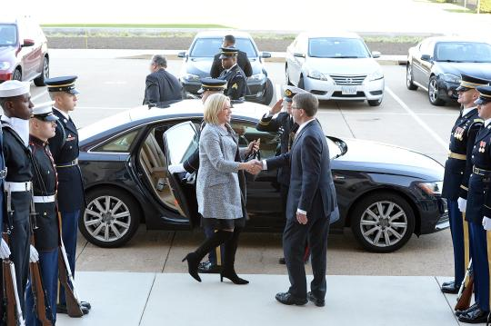 U.S. Defense Secretary Ash Carter hosts an honor cordon to welcome Dutch Defense Minister Jeanine Hennis-Plasschaert to the Pentagon, Nov. 23, 2015. The two leaders met to discuss matters of mutual importance. DoD photo by Army Sgt. First Class Clydell Kinchen