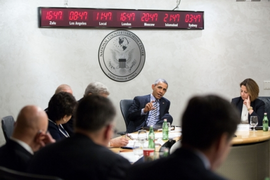 President Barack Obama participates in a counterterrorism threat briefing at the National Counterterrorism Center in McLean, Va., Dec. 17, 2015. (Official White House Photo by Pete Souza)