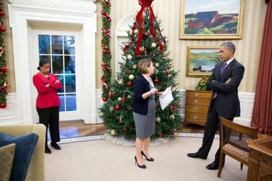 President Barack Obama receives an update on the mass shootings in San Bernardino, Calif., from Lisa Monaco, Assistant to the President for Homeland Security and Counterterrorism, as National Security Advisor Susan E. Rice listens, in the Oval Office, Dec. 2, 2015. (Official White House Photo by Pete Souza)