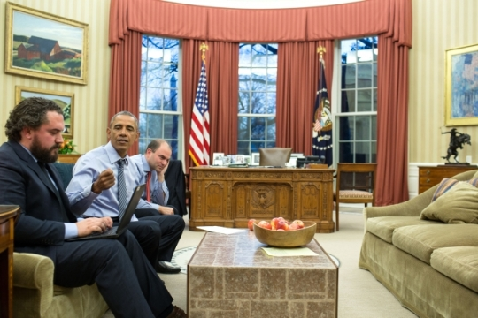 President Barack Obama works on the State of the Union address with Director of Speechwriting Cody Keenan and Ben Rhodes, Deputy National Security Advisor for Strategic Communications, in the Oval Office Jan. 11, 2016. (Official White House Photo by Pete Souza)