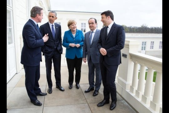 President Barack Obama talks with European leaders before their meeting in Hannover, Germany, April 25, 2016. From left: British Prime Minister David Cameron, the President, German Chancellor Angela Merkel, French President Francois Hollande, and Italian Prime Minister Matteo Renzi. (Official White House Photo by Pete Souza)