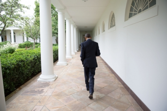 President Barack Obama walks on the Colonnade of the White House, May 12, 2016. (Official White House Photo By Chuck Kennedy)