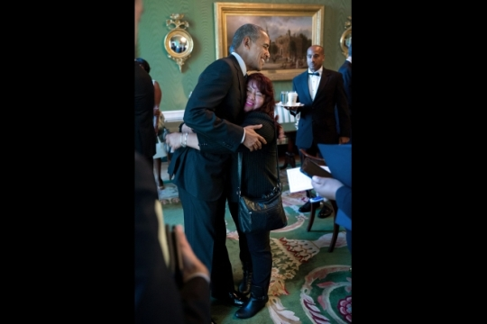 Roxana Giron hugs President Barack Obama in the Green Room of the White House prior to walking in to the East Room to introduce the President for a Hispanic Heritage Month reception, Oct. 12, 2016. (Official White House Photo by Pete Souza)